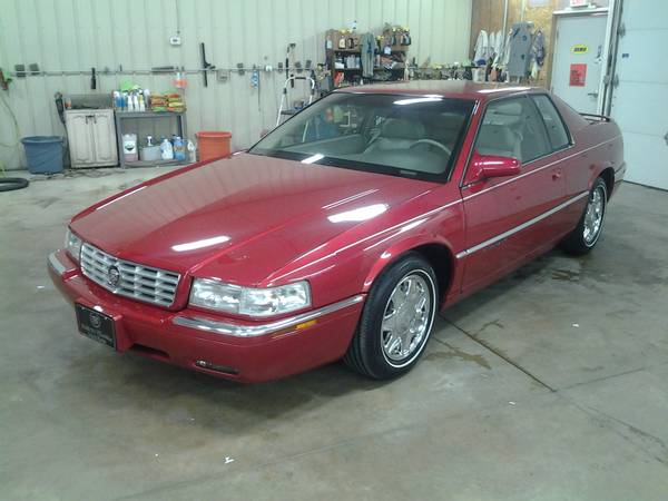 Photo 1997 Cadillac Eldorado - $16000 (Holland)
