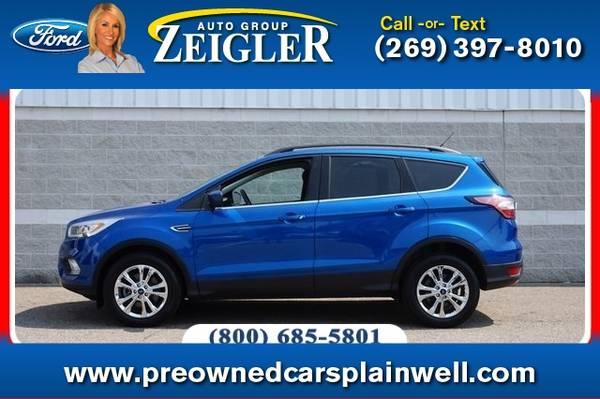 Photo 2017 Ford Escape SE Tech Pkg - $20,250 (_Ford_ _Escape_ _SUV_)