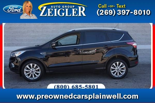 Photo 2017 Ford Escape Titanium - $17,920 (_Ford_ _Escape_ _SUV_)