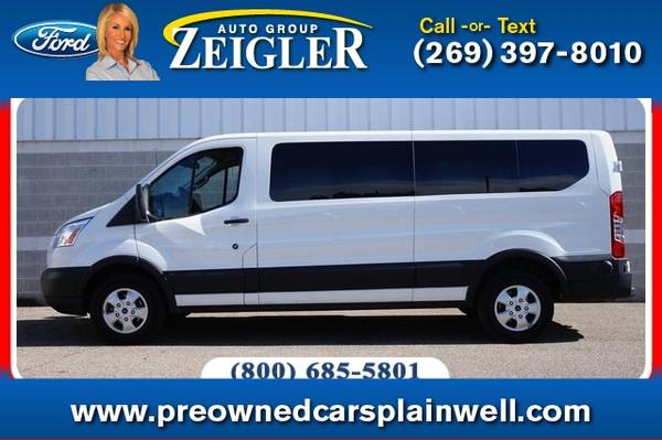 Photo 2019 Ford Transit Passenger Wagon XLT - $29,990 (_Ford_ _Transit Passenger Wagon_ _Van_)
