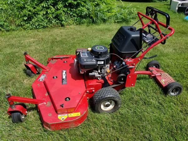 Photo 48quot Toro mower - $1,200 (Zeeland)