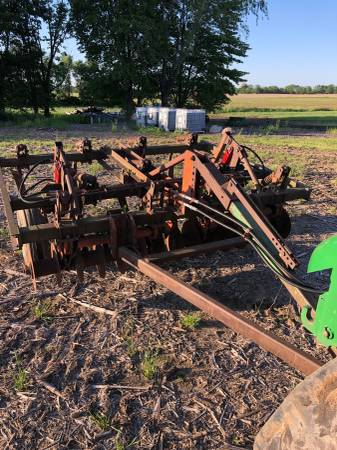 Photo Chisel plow - $1500 (Holland)