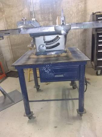 Photo Craftsman table saw 10quot wEXTRAS - $200 (West Olive, MI)
