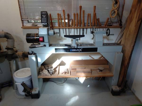 Photo Delta X5 Wood Lathe - $1,500 (Holland)