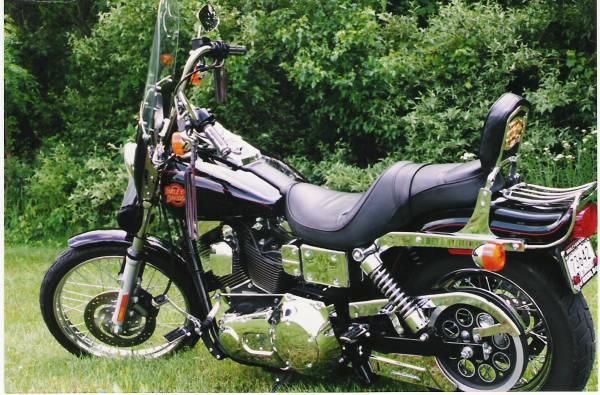 Photo Harley Davidson Dyna Wideglide - $7,500 (Rochester)
