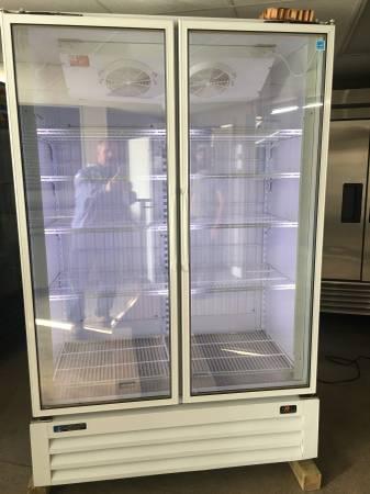 Photo Master-Bilt brand 2-Door, Glass Door, Display Freezer (Grand Rapids)