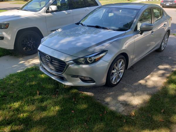Photo Mazda 3 for Sale - $13,500 (Holland)