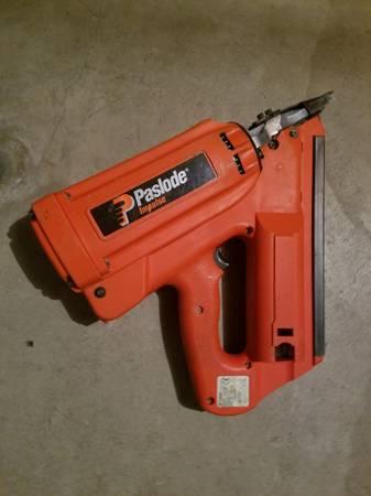 Photo Paslode nail guns-cordless - $450 (Holland)