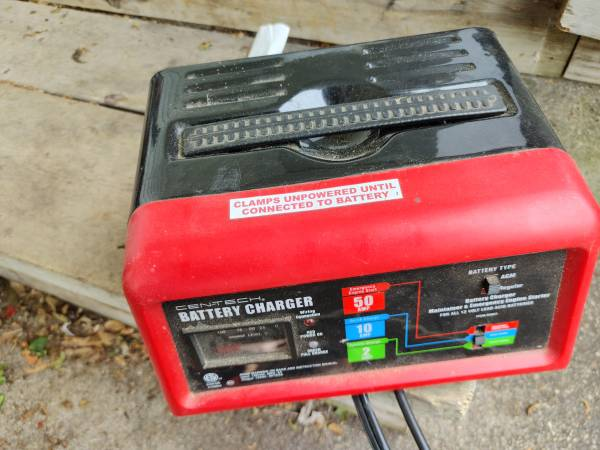 Photo Sears Battery Charger - $44 (Holland)