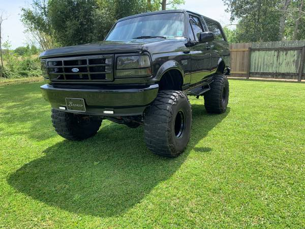 Photo 1994 Ford Bronco XLT lifted - $16000 (Patterson)