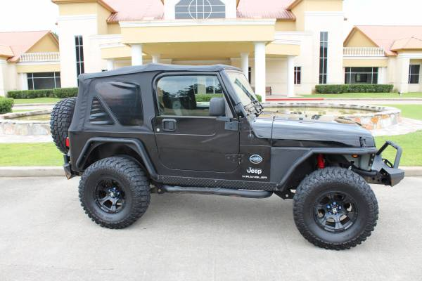 Photo 2004 Jeep Wrangler X Rocky Mtn. Package - $14,999