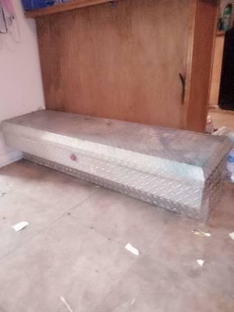 Photo Aluminum tool box - $80 (Patterson)