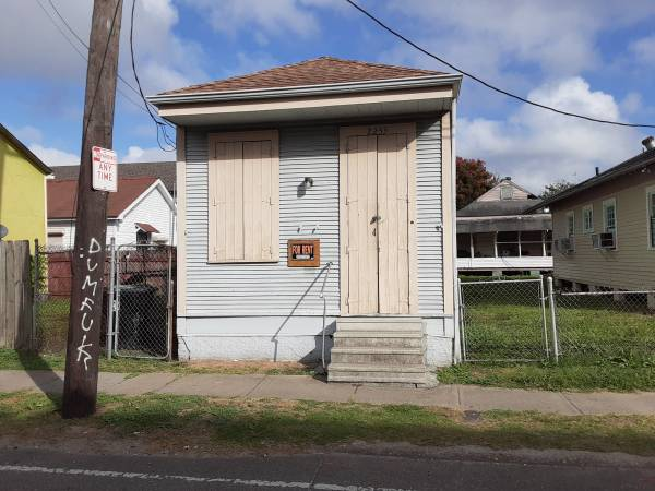 Photo Great investment in the st roch area $100,000 no text (New orleans)