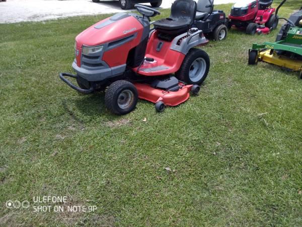 Photo Husqvarna riding lawn tractor mower - $1,500 (Carencro, La.)