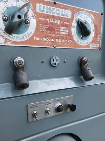 Photo LINCOLN SA 200 F162 PIPELINER REDFACE BLUE DIAL WELDER - $5500 (FERNDALE)