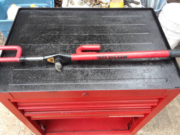 Photo Tool box loaded with tools. - $150 (Houma)