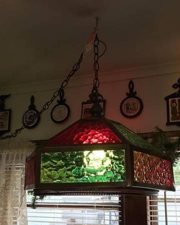 Photo Vintage Tiffany Style Glass Hanging Chandelier - $125 (Ponchatoula)