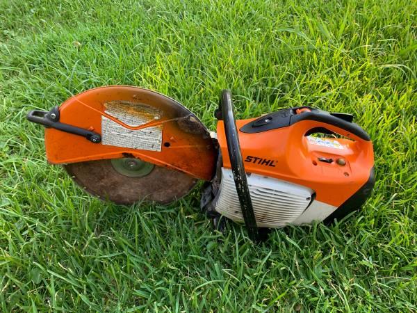 Photo 143939 Stihl Ts-420 Concrete Cut-off Saw w Blade Gas Powered - $450 (Houston)