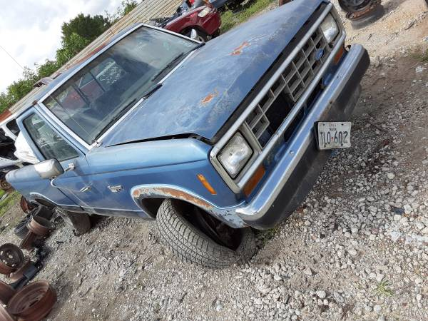 Photo 1987 Ford Ranger part out - $110 (10805 Airline dr)