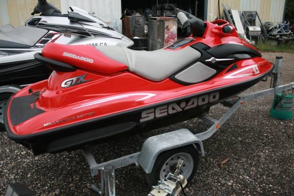 Photo 2000 Sea-Doo GTX Millennium Edition - $3,800 (Dickinson, TX)