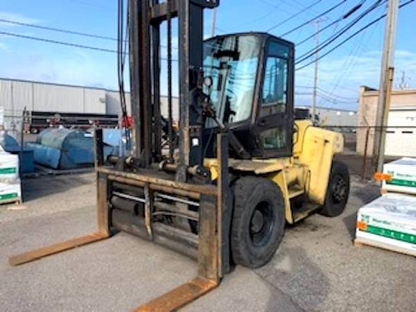 Photo 2008 Hyster Forklift Two Stage Pneumatic Tire 4 Wheel Sit Down (Houston)