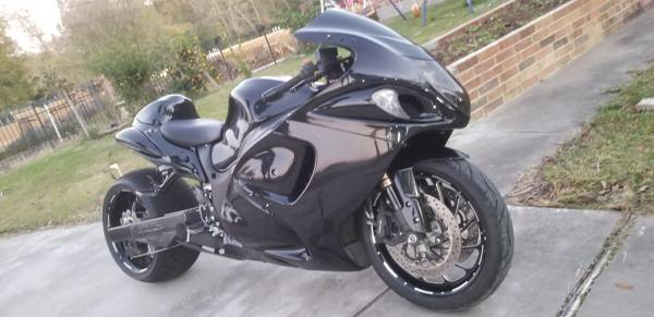 Photo 2012 hayabusa with 300 fat tire kit - $11500 (Beaumont tx)