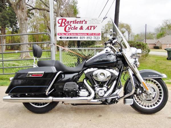 Photo 2013 Harley-Davidson Road King - $10,995 (Beaumont)