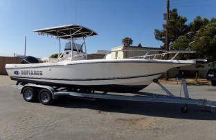 Photo 2014 Defiance Commander 220 Center Console with T-top - $26000