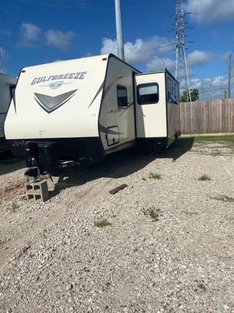 Photo 2018 Gulfbreeze rv for sale with slide out - $18,500 (Katy Houston Richmond Galveston)