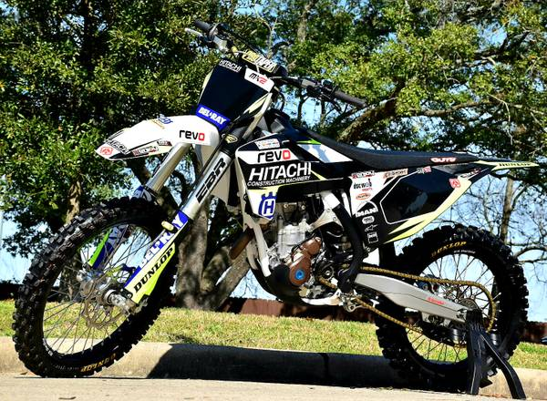 Photo 2018 Husqvarna FC 350 - $5600 (Traction control, 2 map settings, just serviced)