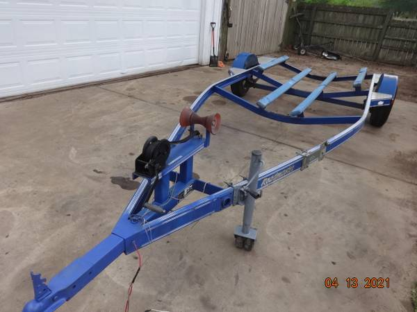 Photo 2039 BOAT TRAILER , STEEL . HEAVY DUTY - $950 (TOMBALL MAGNOLIA AREA)