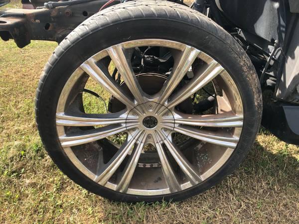 Photo 24 inch 6 lug GM rims and tires - $750 (Hempstead, TX)