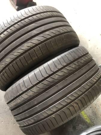 Photo 2 SEMI NEW 325 35 ZR 22 Continental Contipro All Season tires for$180 - $180 (Pasadena)