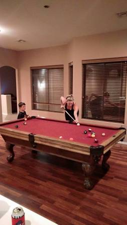 Photo 8 foot Buckhorn pool table - $325 (Kingwood)