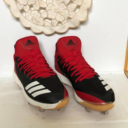 Photo Adidas NEW Boost Icon 4 Mens Cleats Size 10 - $40 (West University)