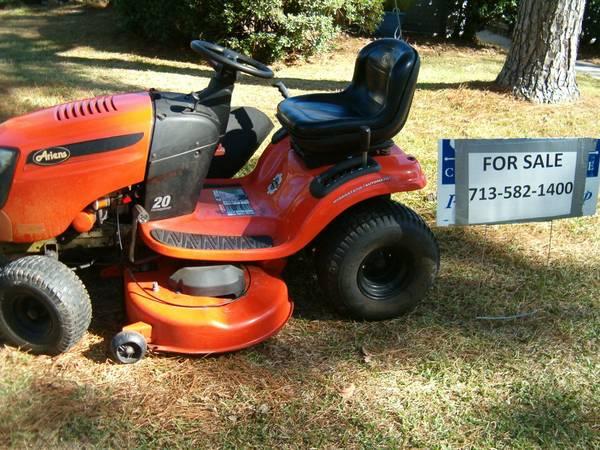 Photo Ariens 46 inch Cut Riding Mower - $725 (Atascocita)