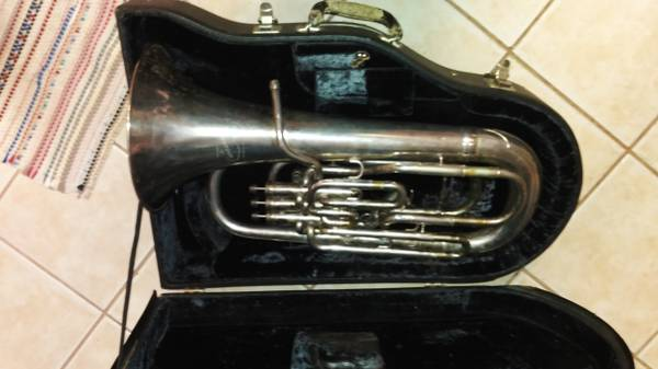 Photo Besson quotNew Standardquot compensating Euphonium - $1650 (West Houston)
