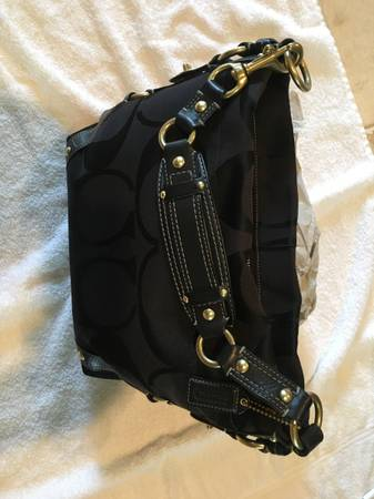 Photo Black Coach handbag - $65 (Montgomery, TX.)