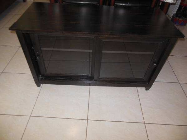 Photo Black Entertainment Center TV Stand Stereo Shelf - $20 (West Houston Alief)