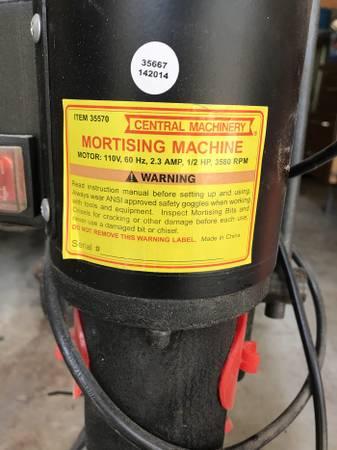 Photo Central Machinery Mortising machine - $125 (Missouri City)