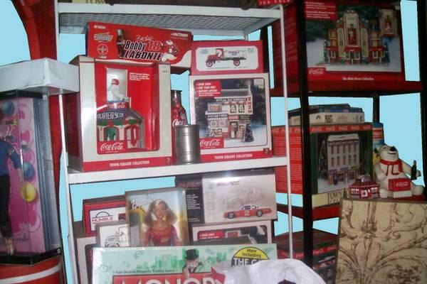 Photo City wide Indoor Deer Park Garage Sales (Deer Park)