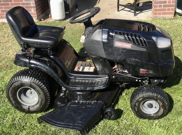 Photo Craftsman LT2500 46quot Riding Lawn Mower w 22HP Kohler - $600 (Jersey VillageJVCypress)