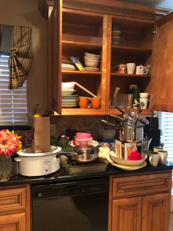 Photo Dishes mugs pots pans utensils canned food and more (The woodlands)