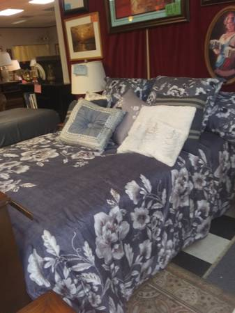 Photo Full size bed with nice clean firm mattress - $395 (West houston)