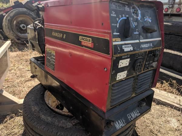 Photo Lincoln Ranger 8 welder - $1,600 (Tomball)