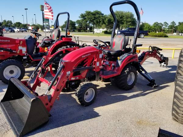 Photo Mahindra Emax 20 with loader and backhoe - $204 (Sealy)