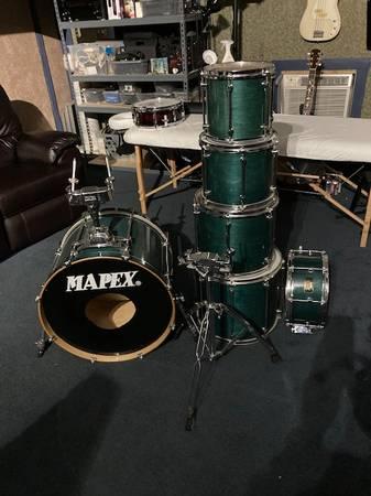 Photo Mapex Pro Series six piece drum shell set - $425 (Tomball)