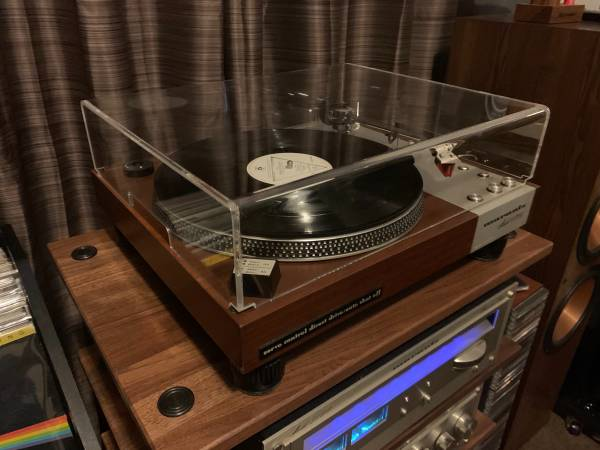 Photo Marantz 6300 turntable with new Ortofon 2M Bronze cartridge and stylus - $900 (Pearland)