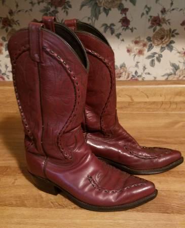 Photo Mens Vintage Dan Post Leather Cowboy boots - $50 (Spring)