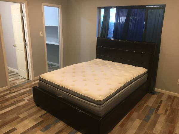 Photo Multiple Private Rooms to Rent in Cypress and Spring (Near Spring)